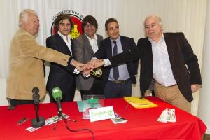 Los directivos del CD Ibiza y los responsables del grupo italiano aúnan fuerzas