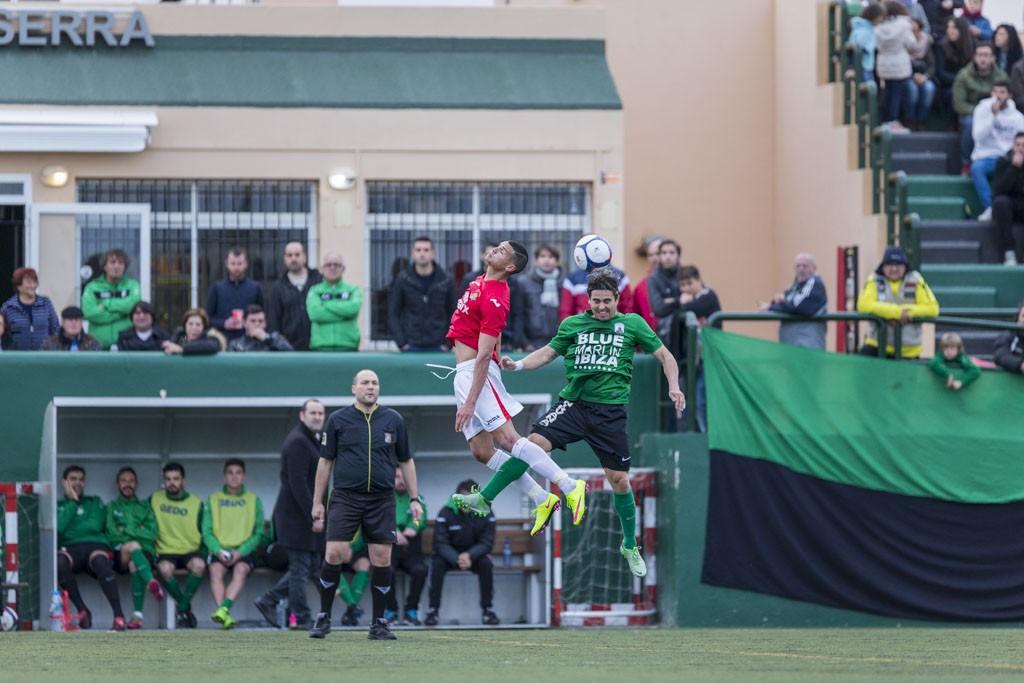 Un lance del partido disputado en el Kiko Serra.