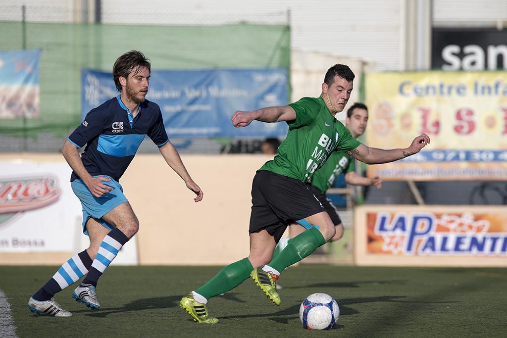 Ramos, que lleva 30 goles, en un lance del partido frente al Ciudad de Ibiza.