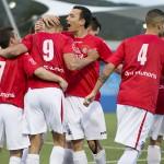 Los jugadores deportivistas celebran un gol en la primera jornada de la Preferente.