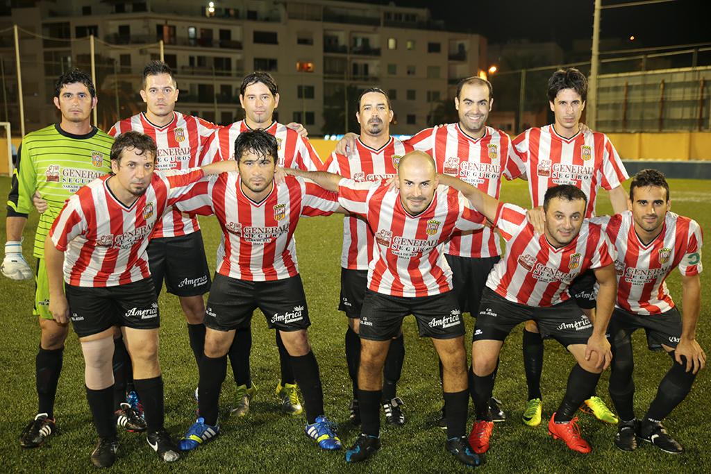 En el equipo que entrena Mariano Díez juegan once paraguayos.