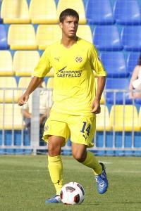El defensa ibicenco, en un partido con el Villarreal B.
