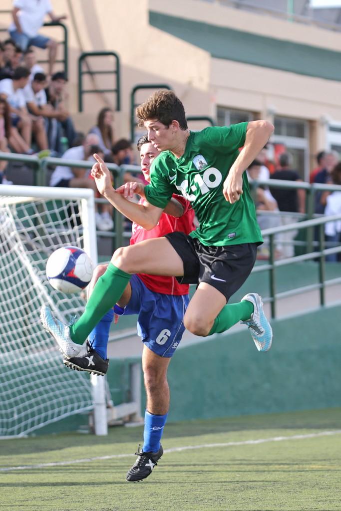 El equipo verdinegro ocupa puestos de descenso directo.