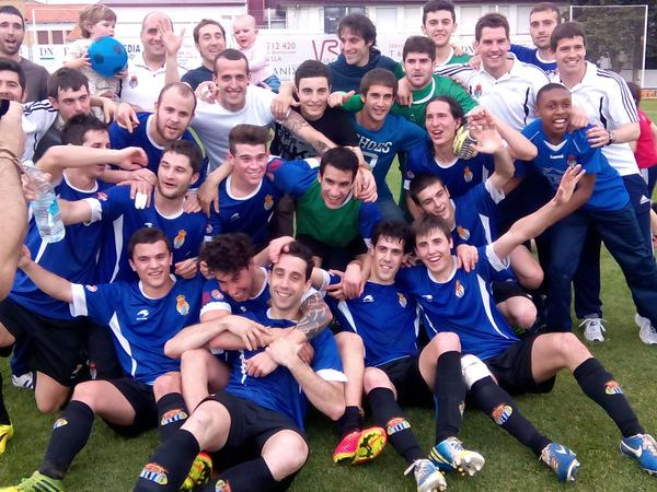 El campeón del grupo navarro celebra el título de Liga.