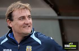 El técnico catalán pone fin a su etapa en Santa Eulalia.