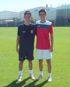 Álex Sánchez (d), junto a Marc Soldat en el entrenamiento de ayer.