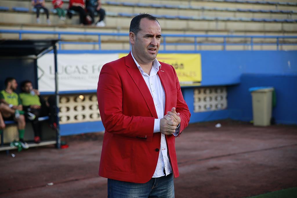 El entrenador de Jerez, durante un partido de la pasada temporada.