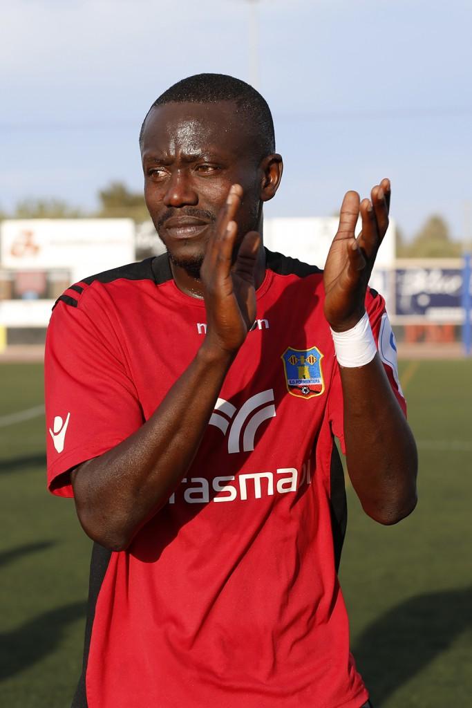 El jugador senegalés dice adiós después de cinco temporadas.