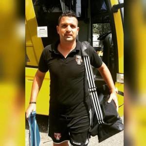 El técnico Oliver Mendoza.