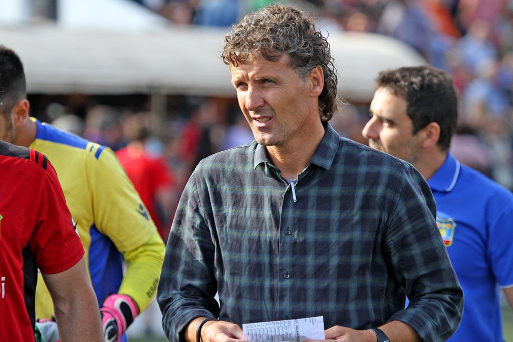 El entrenador ilerdense confía en sacar algo positivo en su desplazamiento a Mallorca.