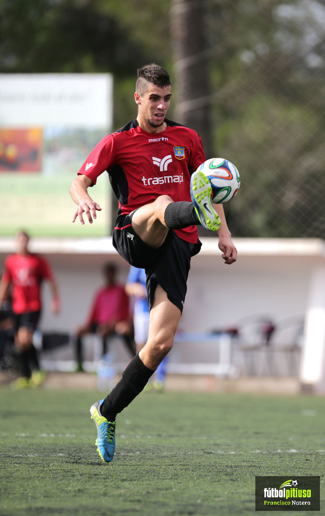 El delantero vasco Górriz ha debutado esta temporada con gol.