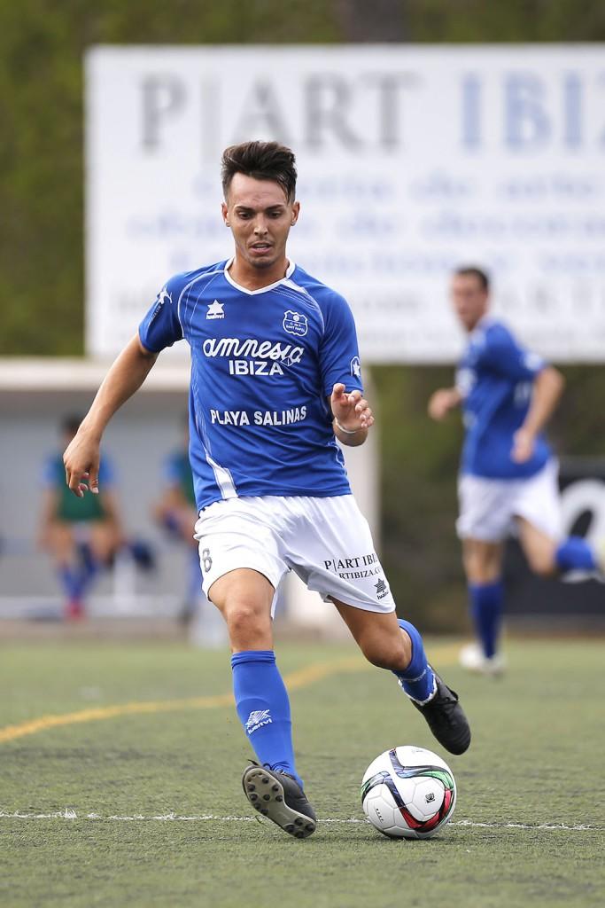 El jugador gaditano, en un partido con el San Rafael esta temporada.