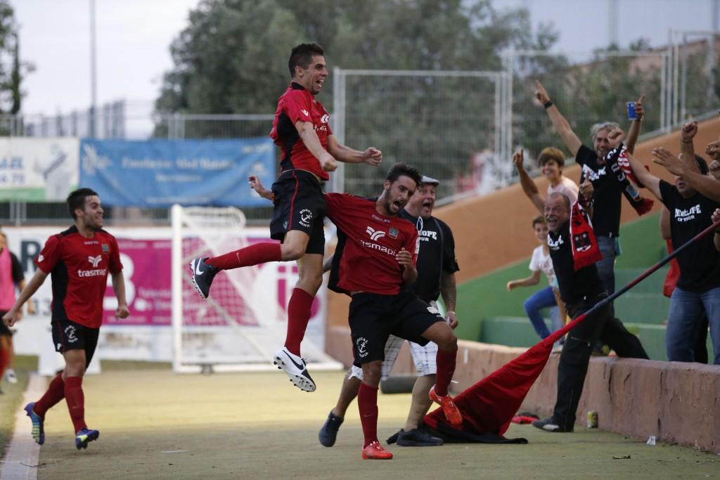 Górriz celegbra un gol durante el pasado derbi frente a la Peña.