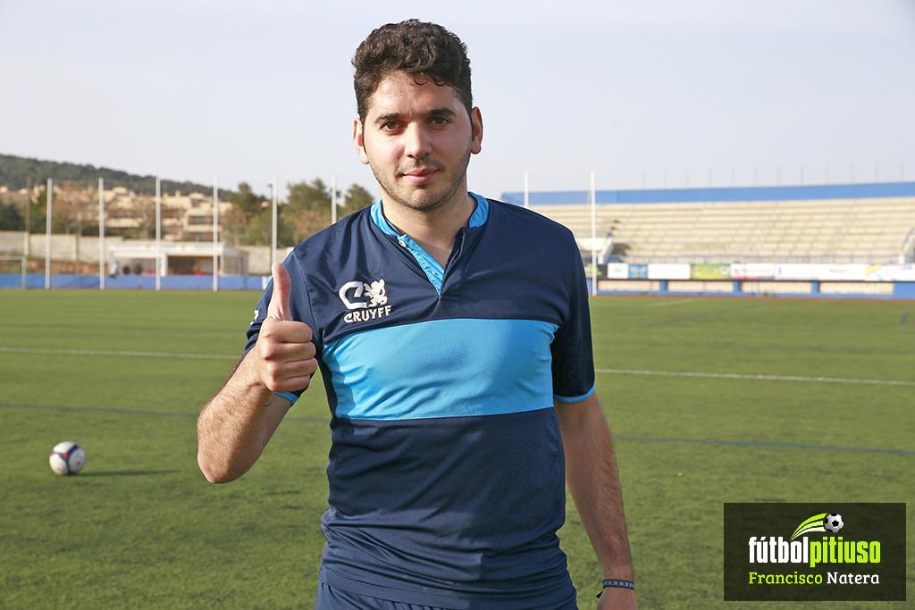 El goleador Álvaro García se marcha a Sevilla por motivos laborales.