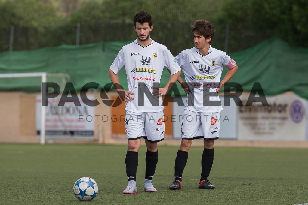 Los dos pistoleros de la Peña Deportiva.