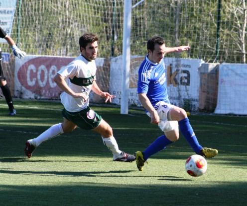 El jugador del San Rafael en un partido.