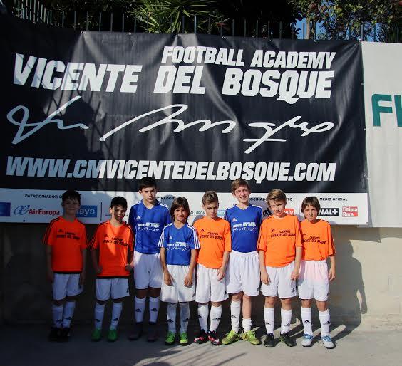 Los ocho jugadores ibicencos que han participado en el Torneo.