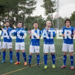 Los jugadores de Vicente Román saluda a la afición durante el derbi frente a la Peña.