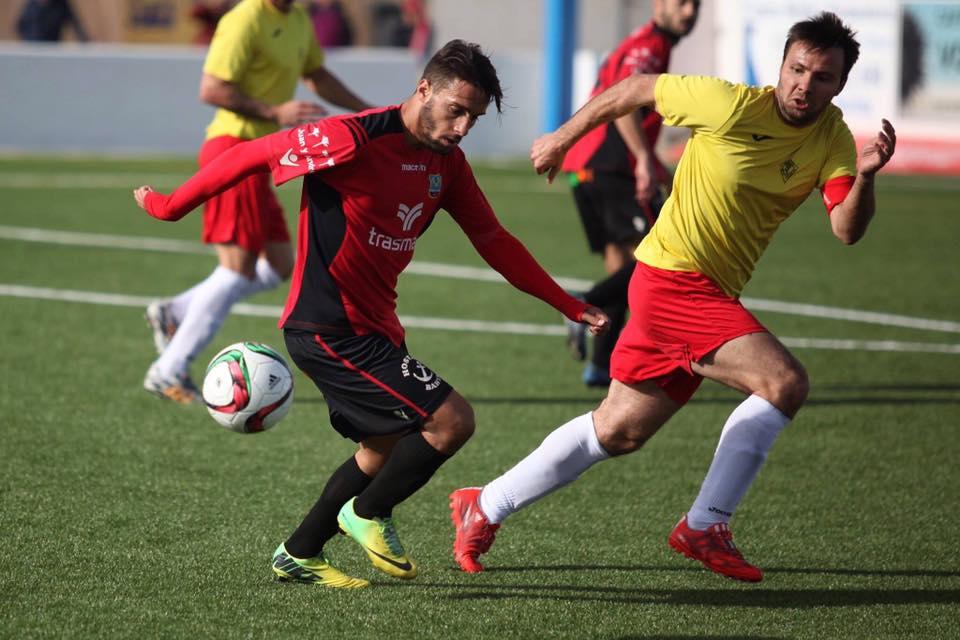 Terán, en una acción durante el partido de la jornada pasada (Foto: KCC Photography).