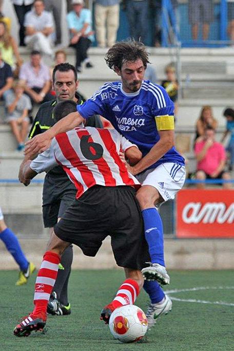 El jugador, en una imagen de archivo (Foto: Fútbol Pitiuso).