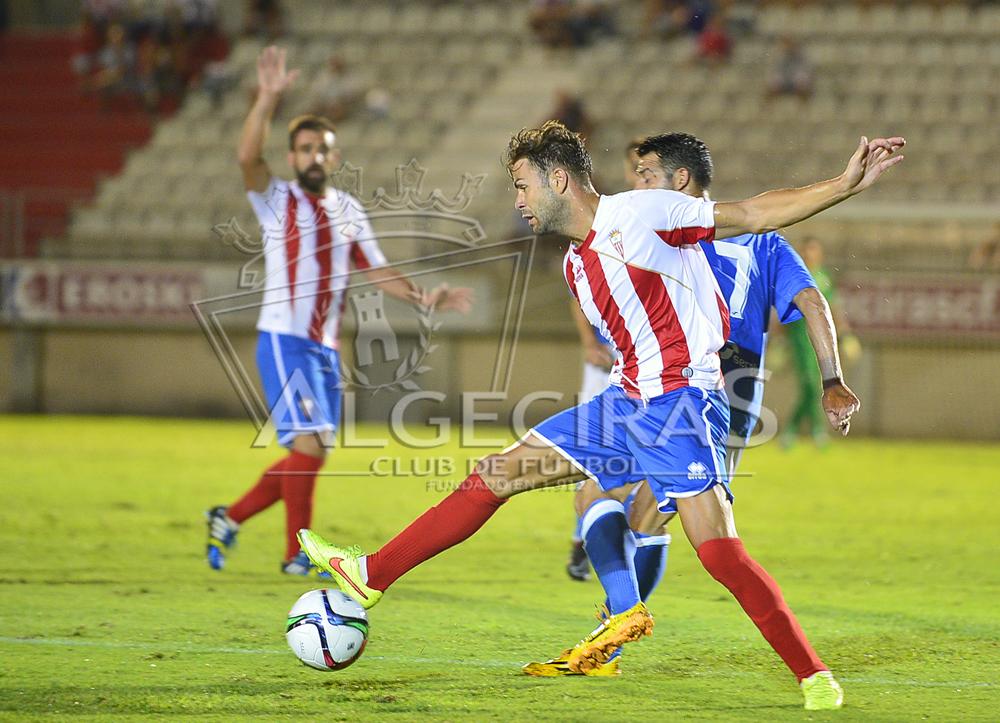 El defensa, en un partido con el Algeciras.