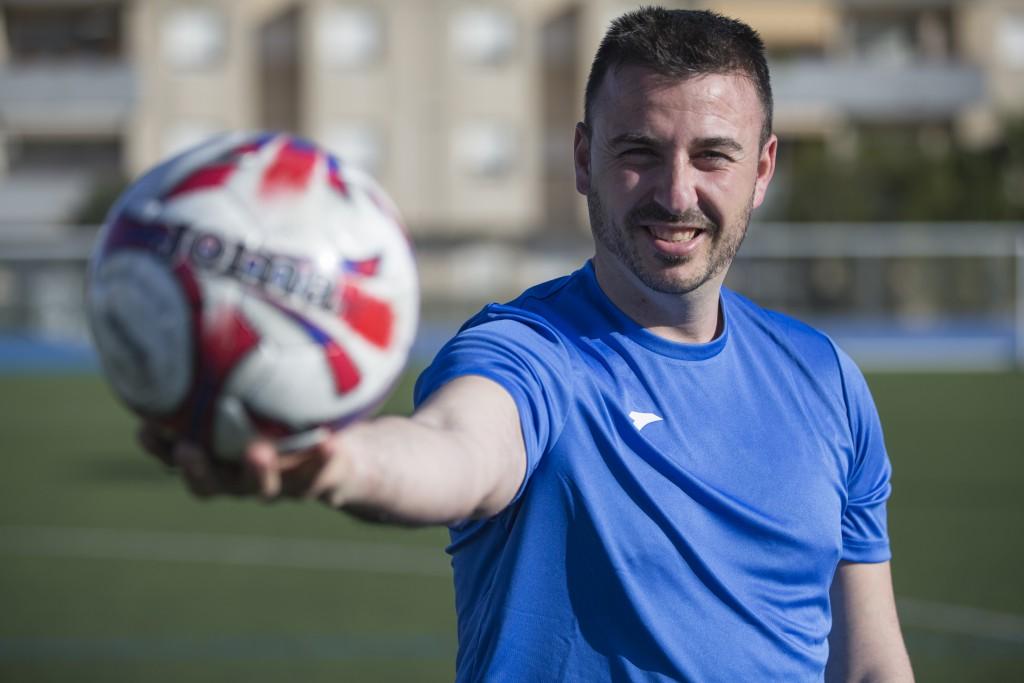 José Ramón Fayos es el impulsor de este diferenciador campamento de verano de fútbol (Foto: Paco Natera).