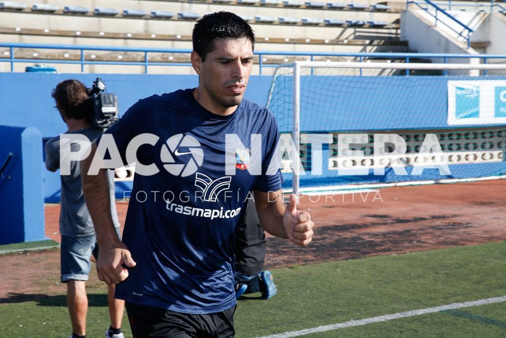El central argentino procede del Formentera B y tiene experiencia en Tercera División.