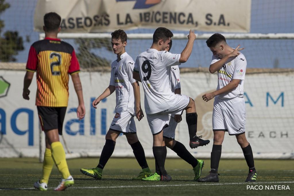 Víctor Sánchez y Marc Soldat celebran uno de los goles ante el Ciudad de Palma con un pegadizo baile.