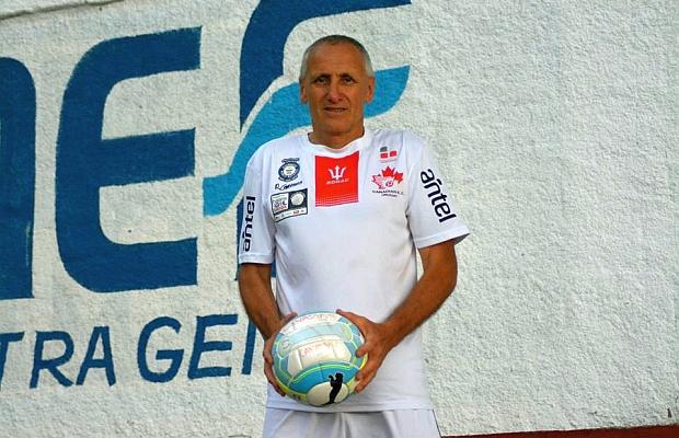 Carmona está hecho un toro, pese a su edad. Foto: www.republica.com.uy