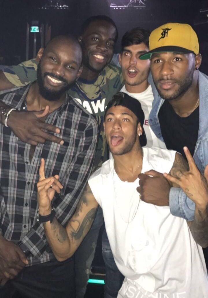 Neymar posa con sus amigos (Fuente: Instagram Draymond Green).