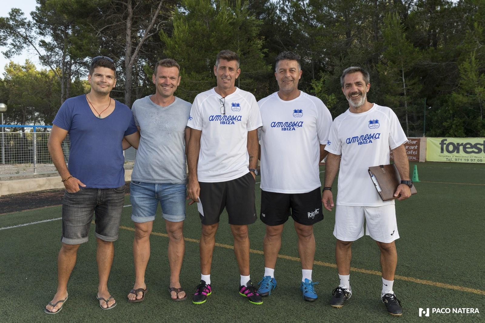 Staff técnico del conjunto azulón, liderado por Vicente Román.