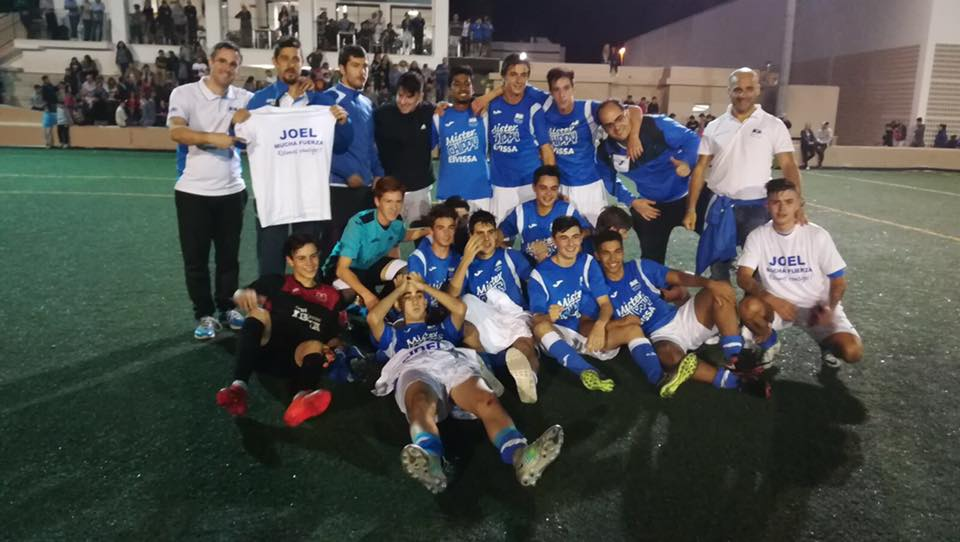 El San Rafael festeja por todo lo alto el título de Copa.